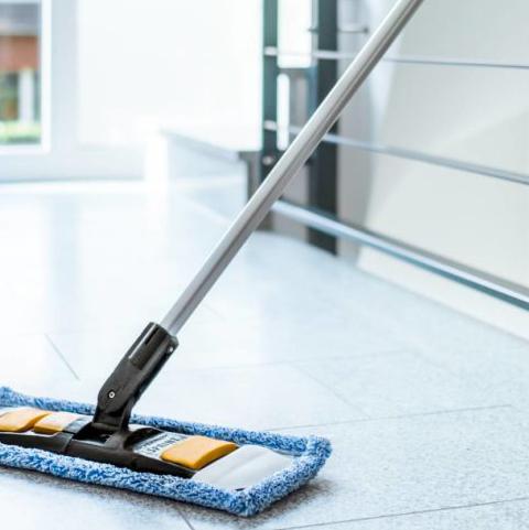 Unsere Dienstleistungen umfassen Treppenhausreinigung